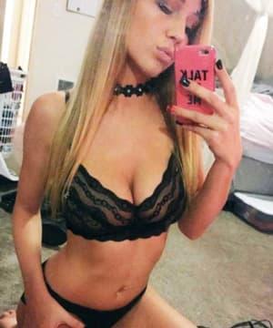 sexiest-blondes-porn-stars