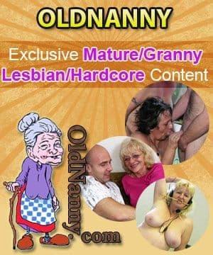 Lesbo horney porn video